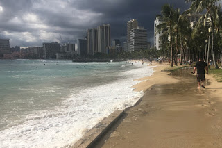 Waikiki Queens Beach, king tides, Hawaii